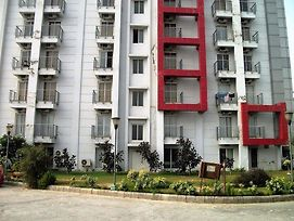 Oyo Rooms Greater Noida Knowledge Park photos Exterior