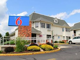 Motel 6 Hartford - Enfield photos Exterior