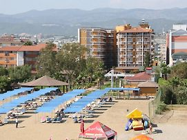 Senza Inova Beach Hotel photos Exterior