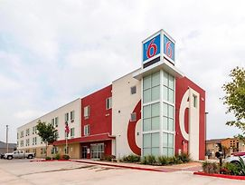 Motel 6 Laredo Airport photos Exterior