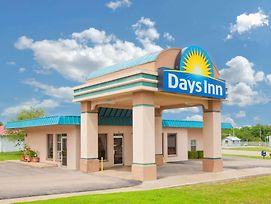 Days Inn By Wyndham Okemah photos Exterior