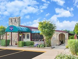 Knights Inn Battle Creek Mi photos Exterior