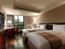 Taichung Charming City Hotel photos Exterior