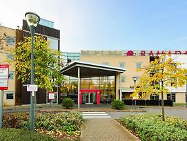 Ramada By Wyndham London North M1 photos Exterior