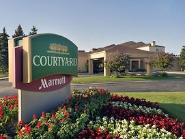 Courtyard Chicago Waukegan/Gurnee photos Exterior