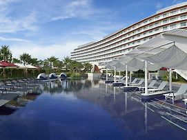 Hilton Okinawa Chatan Resort photos Exterior