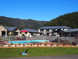 Linkwater Motel And Backpackers photos Exterior