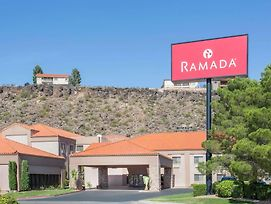 Ramada By Wyndham St George photos Exterior