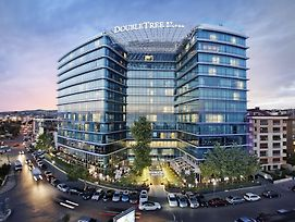 Doubletree By Hilton Moda photos Exterior