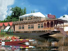 Welcomheritage Gurkha Houseboats photos Exterior