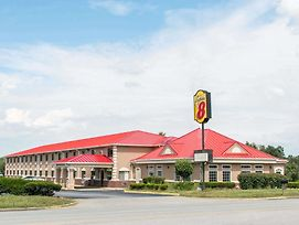 Super 8 By Wyndham Elizabethtown photos Exterior