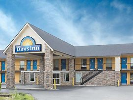 Days Inn By Wyndham Newberry photos Exterior