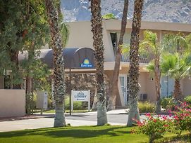 Days Inn By Wyndham Palm Springs photos Exterior