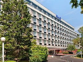 Hilton Paris Orly Airport photos Exterior