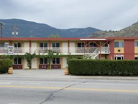Maple Leaf Motel Inn Towne photos Exterior