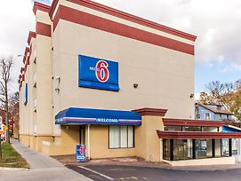 Motel 6 Washington D.C. photos Exterior