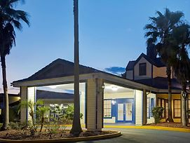 Days Inn By Wyndham Kissimmee Fl photos Exterior