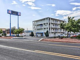 Motel 6 Flagstaff East - Lucky Lane photos Exterior