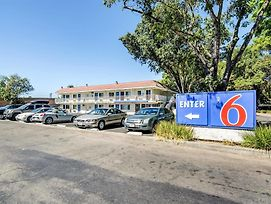 Motel 6 Stockton North photos Exterior