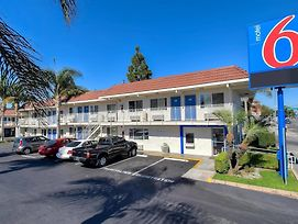 Motel 6 Los Angeles - Long Beach photos Exterior