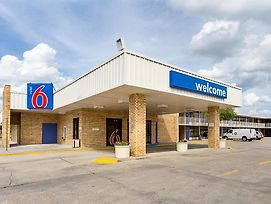 Motel 6 Baton Rouge Southeast photos Exterior