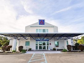Motel 6 Tewksbury photos Exterior