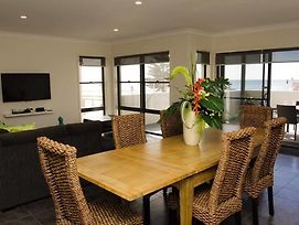 Mollymook Beachfront Executive Apartment photos Exterior