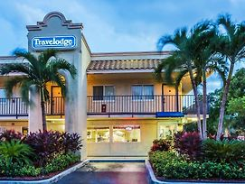 Travelodge By Wyndham Riviera Beach/West Palm photos Exterior