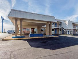 Motel 6 Clinton Ok photos Exterior