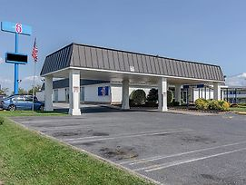 Motel 6 Staunton photos Exterior