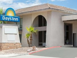 Days Inn By Wyndham Lake Havasu photos Exterior