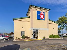 Motel 6 Moline photos Exterior