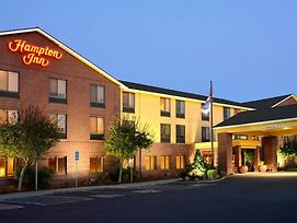 Hampton Inn Medford photos Exterior