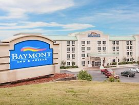 Baymont By Wyndham Hot Springs photos Exterior