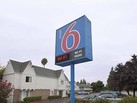 Motel 6 Sacramento Central photos Exterior