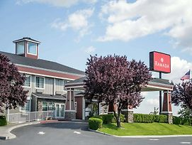 Ramada By Wyndham Moses Lake photos Exterior