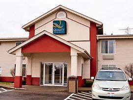 Quality Inn & Suites Middletown - Franklin photos Exterior