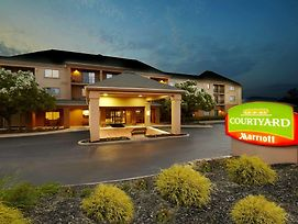 Courtyard By Marriott State College photos Exterior