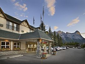 Coast Canmore Hotel & Conference Centre photos Exterior
