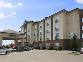 Days Inn By Wyndham Edmonton South photos Exterior
