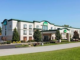 Wingate By Wyndham Vienna Parkersburg photos Exterior