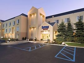 Fairfield Inn And Suites By Marriott Merrillville photos Exterior