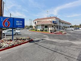 Motel 6 San Jose Airport photos Exterior
