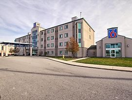 Motel 6 London photos Exterior