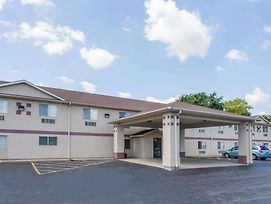 Super 8 By Wyndham Chillicothe photos Exterior