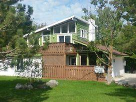 Tyrolean Village Resort-4 Bedroom Chalet With Hot Tub photos Exterior
