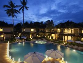 Grand Whiz Hotel Nusa Dua photos Exterior