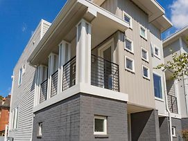 Downtown Southern Luxury Living 2Br & Free Parking photos Exterior
