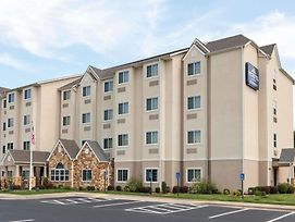 Microtel Inn & Suites By Wyndham Searcy photos Exterior