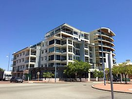 Spinnakers By Rockingham Apartments photos Exterior